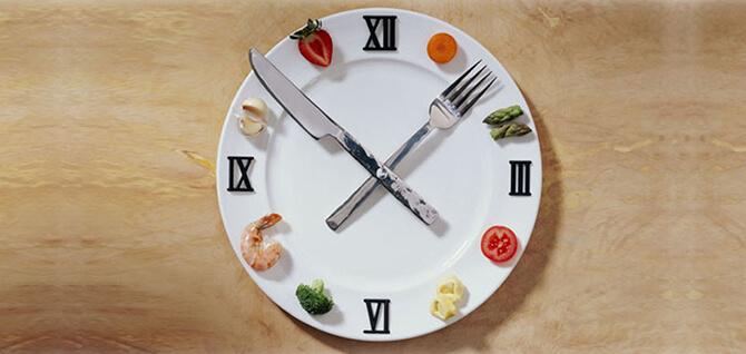 придерживаться режима питания