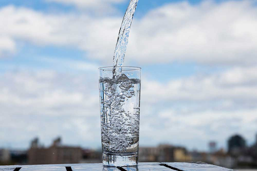 Чем полезна вода и сколько нужно ее пить