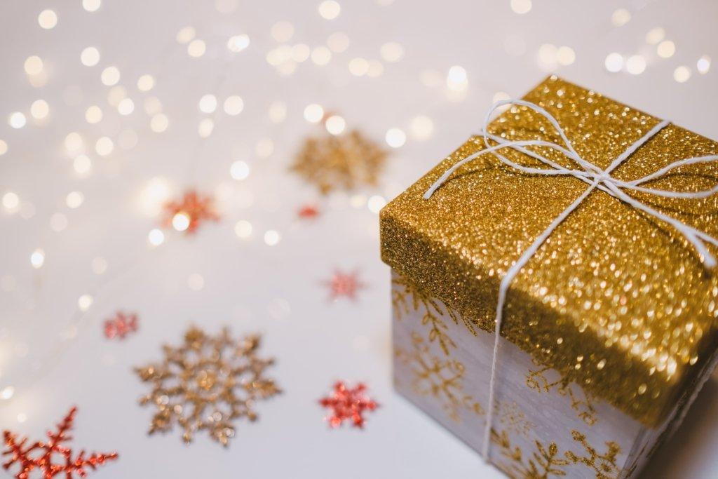 Як намалювати подарунок